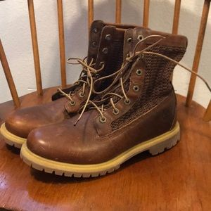 NWOT Timberland leather booties (women's 10)